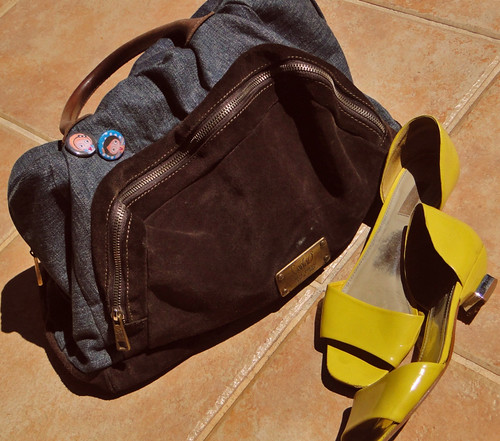 Bolsa e sandália