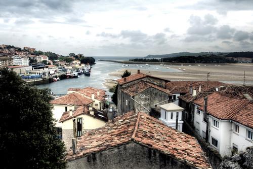 Roofs. San Vicente de la Barquera. Cantabria. Tejados