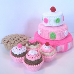 Yummy desserts (craftyanna) Tags: cake pie crochet cupcake sprinkles layers tiers fakefood cherrypie playfood pretendfood crochetpattern stuufedtoy