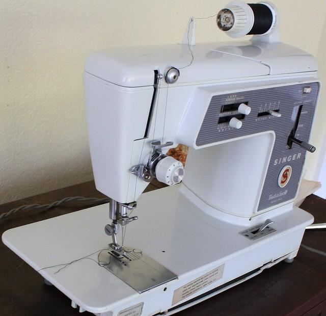 Grandma's Singer 600E Sewing Machine