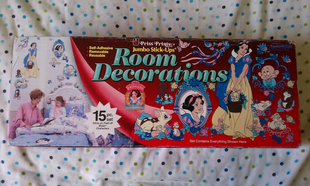 New 1990's Snow White Room Decorations