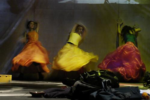 Amarillo,Cía. Teatro Linea de Sombra