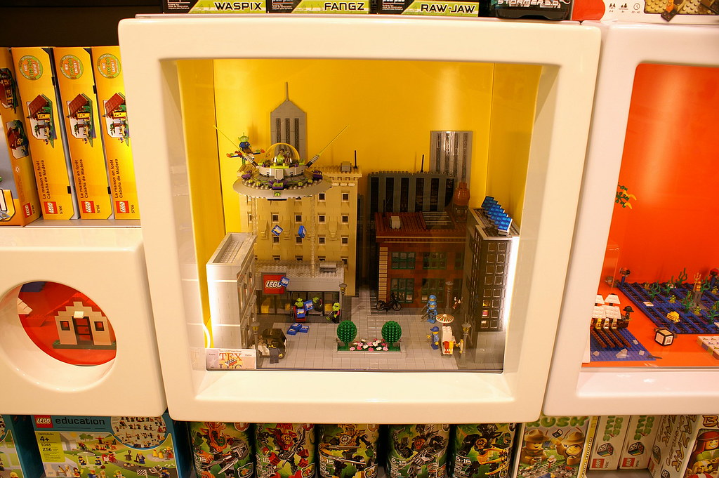 The World's newest photos of abduction and lego - Flickr Hive Mind
