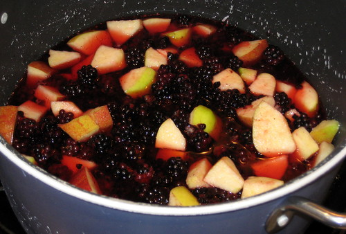 easy blackberry and apple jam recipe