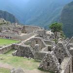 "Machu Picchu <a style=""margin-left:10px; font-size:0.8em;"" href=""http://www.flickr.com/photos/14315427@N00/6128573412/"" target=""_blank"">@flickr</a>"