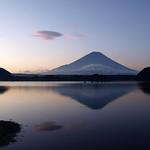 富士山 from 精進湖 (8pics)