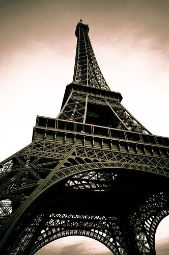 La Tour Eiffel by Archigeek