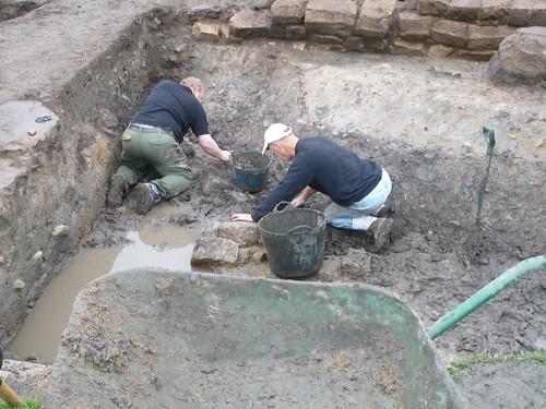 Archaeologists at Work, Vindolanda