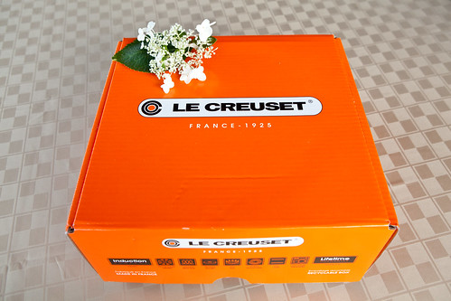 Le Creuset Signature Collection 5-1/2 Quart Round French Oven