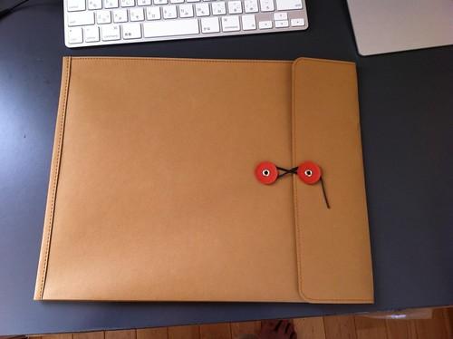 ジーンズのラベル素材で作った 丸留め付き封筒・大 約260×330mm