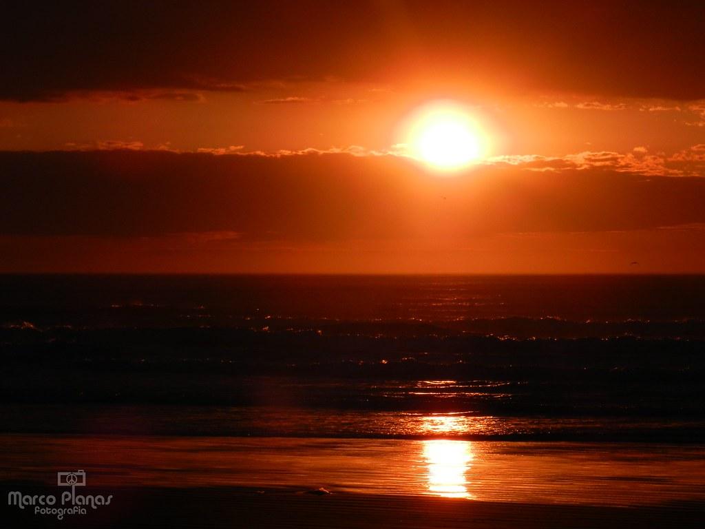 Amanecer en la playa (fotos propias)