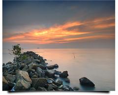 Ramadhan, Teach Me (Amirul Arif) Tags: sunset sky cloud seascape tree beach water rocks long exposure slow shutter kuala pantai jeram selangor ikan aroma bakar beachscape