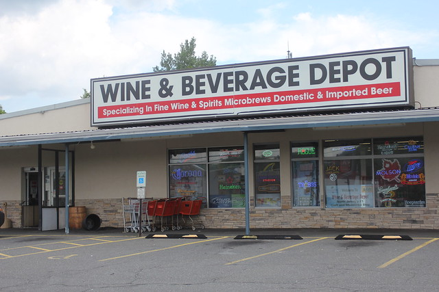 6045888103 1145be65d7 z Wine & Beverage Depot Beer of the Month Club
