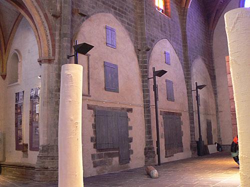 intérieur de l'église de SAint Flour.jpg
