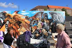 Billede 062 (Paradiso's) Tags: art wall copenhagen painting market kunst kultur flea graffit hus paradiso muur vlooienmarkt plads rommelmarkt valby vg artinthemaking toftgrds