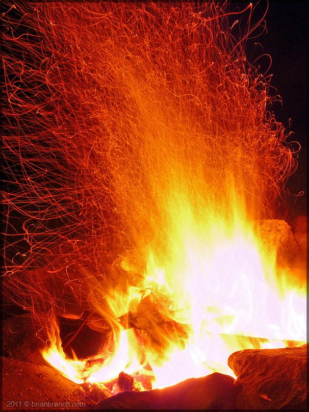P1160792_campfire