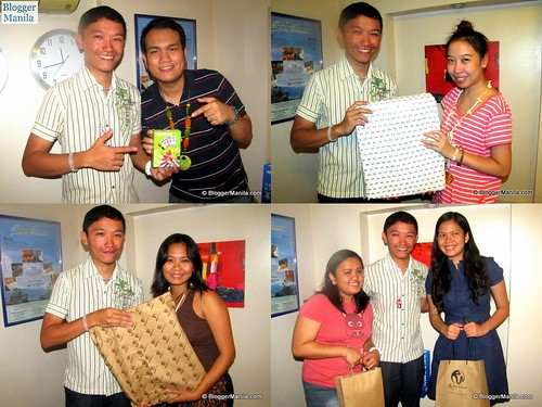Raffle given away included branded laptop bags and a mobile phone