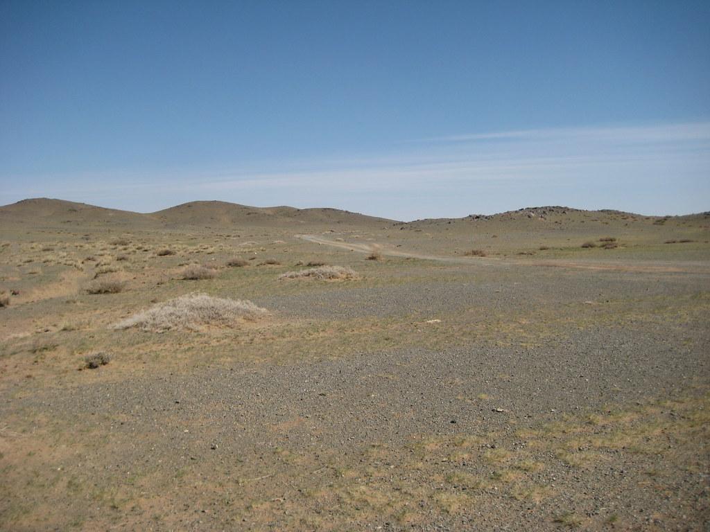 Щебнистая пустыня