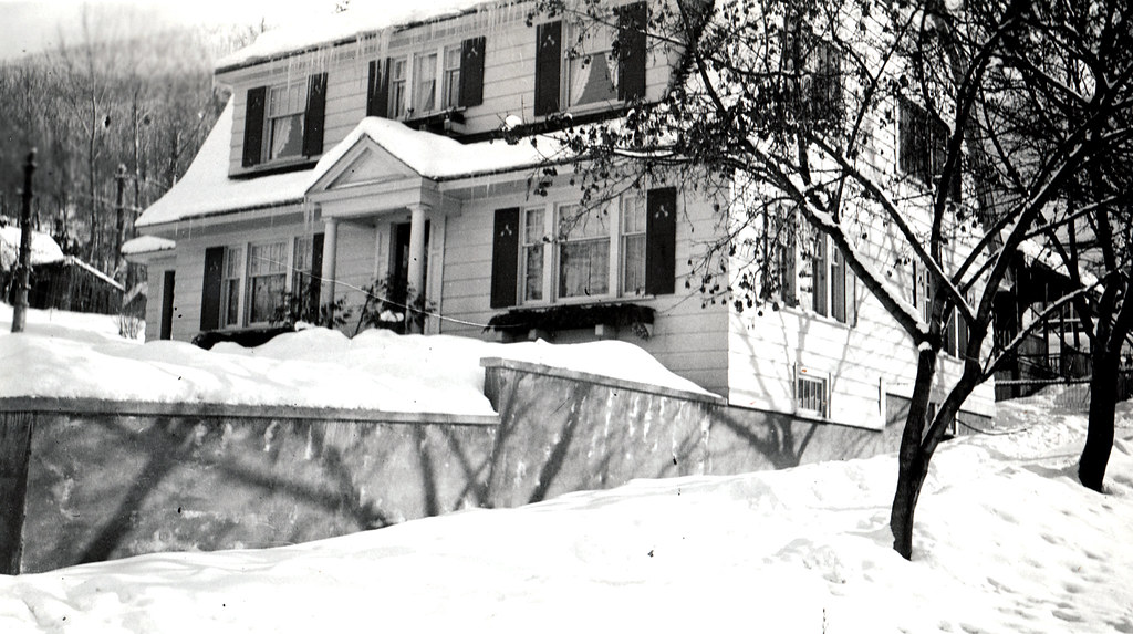 New House - 1932