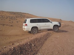 toyota on the tracks (shine_on) Tags: truck desert 4x4 dunes kingdom saudi arabia toyota booze jeddah suv fj landcruiser  ksa lifted fjcruiser fabtech    bahra allpro     lc200   mastoora