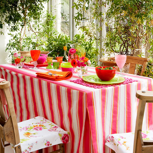 TableCloth Project via HousetoHome.co.uk