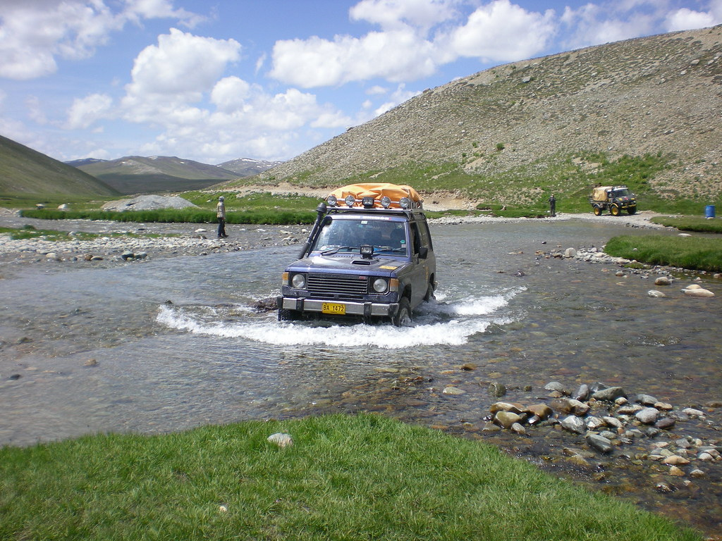 Team Unimog Punga 2011: Solitude at Altitude - 6106472093 7323b2a0eb b