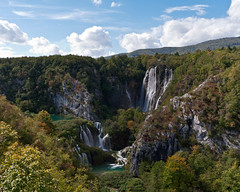 The Plitvice Lakes national park (Andreas Helke) Tags: autumn 2 cloud fall nature water forest canon river 350d waterfall nationalpark wasser europa europe wasserfall fav50 iso400 herbst natur croatia fav20 canon350d fav dslr lm popular fluss fav30 wald canoneos350d f8 plitvice kroatien canonefs1022mmf3545usm plitvicelakes 17mm canon1022 fav10 candreashelke 1640 interestingness165 interestingness174 interestingness140 worldsfavorite fav40 interestingness118 i500 plitvickajezera landscapeformat fav5andmore fav2andmore 4x5l 201109091021112c 201109101902722c14g 201109083034c4g pi178 20110911250302213g 201109133523727c13g pi139 20110914419392813g 201109123083523c13g 201109154654228c13g pi137 201109174704428c13g gotnoticedagain got100viewsthefirstday 2011upload canonportfolio