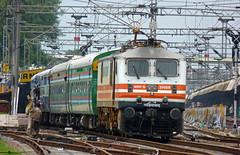 TAJ Express (Ujjawal) Tags: electric lumix delhi indian taj locomotive express railways ncr jhansi nizamuddin irfca gzb wap5 fz35