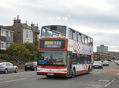 P1170992a - Lothian 657 Eastfield 08/09/11 (VV773) Tags: bus buses port edinburgh president dennis lb lrt seton lothian trident eastfield plaxton transbus x26 sn04aew
