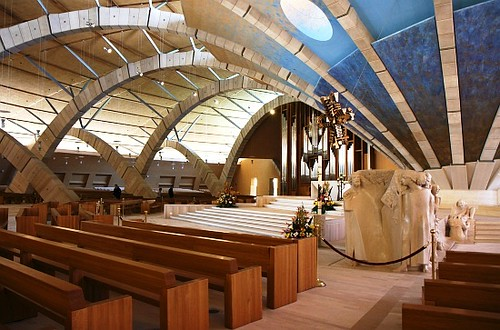 Nave central de la Basílica nueva