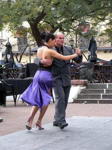 Pareja Bailando Tango - San Telmo