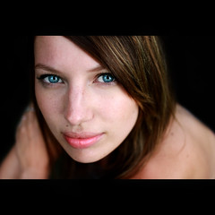 EnJoy your new life in London (Bruno French Riviera) Tags: portrait france beautiful face canon french eyes pretty joy lips portraiture belle jolie bellissima