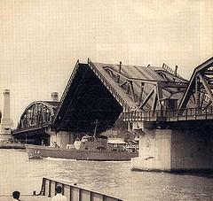 reply421281_สะพานพุทธเลิศล้า