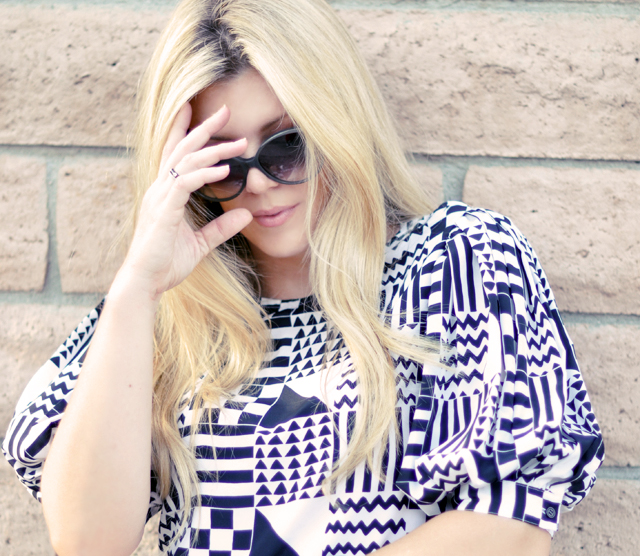 geometric print blouse +  blonde hair + sunglasses