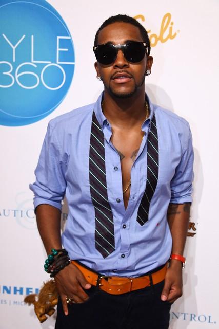 Omarion-versace-shades