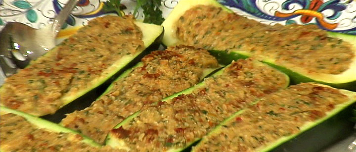 Zucchini Boats Filled with Sundried Tomato Pesto