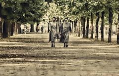 People (GZZT) Tags: street people berlin germany menschen mb tiergarten 030 strase guessedberlin ebertstrase gwbsdekind gzzt martinbriese