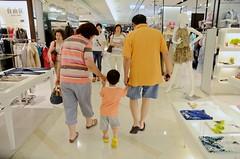 Walking Through Ladyswear (camike) Tags: walking interiors uncle malls shops mil mitsukoshi tamronspaf1750mmf28xrdiiildasphericalif camera:lens=tamronspaf1750mmf28xrdiiildasphericalif d7000 camera:camera=d7000 晞