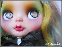 Guillermina de Baskerville (ReinaDeSalem) Tags: two fab love for book doll tea blythe custom rds ebl thenameoftherose reinadesalem