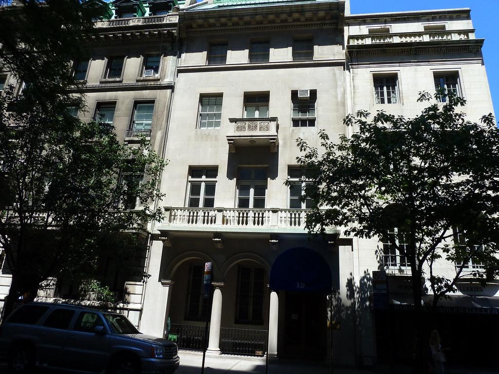19 East 70th Street House