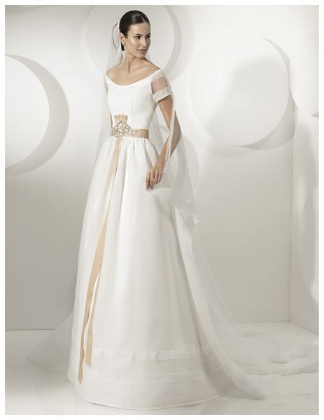 Vestidos novia franc sarabia 2012