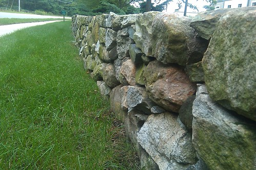 Hawthorn Suites: stone wall