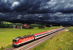 Idjrs (tau280) Tags: sky color colors train landscape austria ic sterreich niceshot sony engine rail railway zug trains locomotive a200 szn bahn bb ausztria vihar lok obb villany felhk 1144 stlorenzen vonat sterreichische bahnen vast knittelfeld austrain mozdony vonatok szinek bundesbahnen villanymozdony fel vasutak rh1144 ringexcellence electriclok