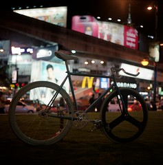 Pelesit Kota (SuhaimiSalleh) Tags: 120 6x6 film bike bicycle analog mediumformat square mf fixie fixedgear hasselblad501c epsonv700 sekonicl308s carlzeiss80mm28cfplanart