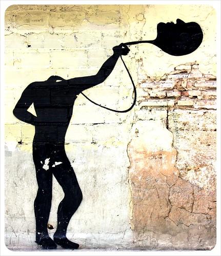 valencia street art headless