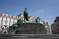 "Jan Hus Memorial (Pomník Jana Husa), Prague (Prag/Praha) • <a style=""font-size:0.8em;"" href=""http://www.flickr.com/photos/23564737@N07/6083161614/"" target=""_blank"">View on Flickr</a>"