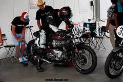 11-08-28D162 (motoyan) Tags: bike triumph fisco