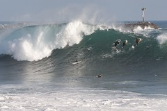 Wedge_Newport-Beach_big-waves_Sep-2011_IMG_1818 (Daniel Pettit) Tags: surfing stormsurge boogieboard bigwaves bodysurfing bigsurf wedgenewportbeach