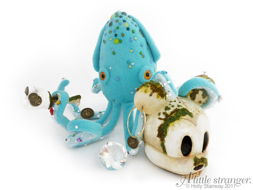Baby Kraken: Custom Vinylmation 9″ Mickey