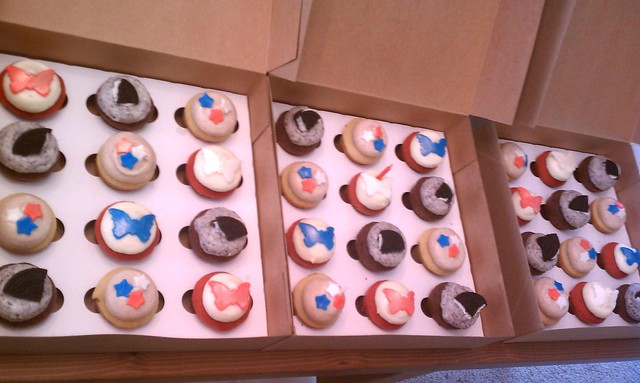 patriotic birthday cuppies!